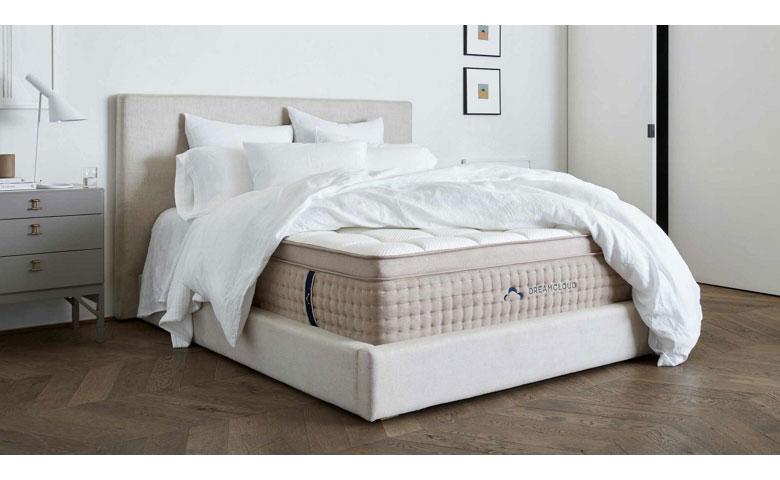dreamcloud mattress 780